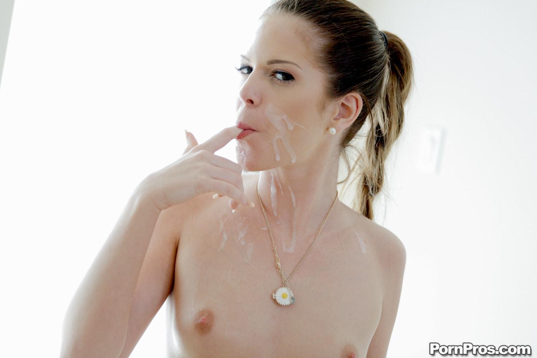 Porn Pros 'Sex Games' starring Jenna Jay (Photo 31)