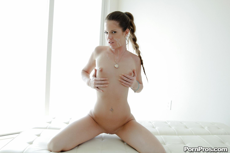 Porn Pros 'Sex Games' starring Jenna Jay (Photo 32)